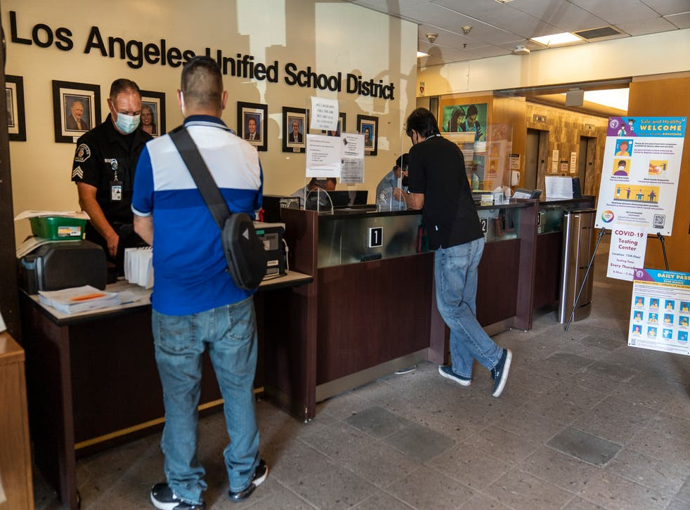 Los Angeles school board votes to mandate Covid-19 vaccine