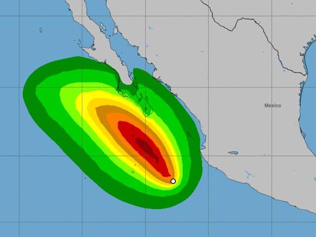 <p>De acuerdo con las autoridades mexicanas, las paredes del centro de Olaf ingresaron a territorio sudcaliforniano alrededor de las 21:00 horas, tiempo local, con vientos máximos sostenidos de 155 kilómetros por hora y rachas de hasta 185 km/h.</p>