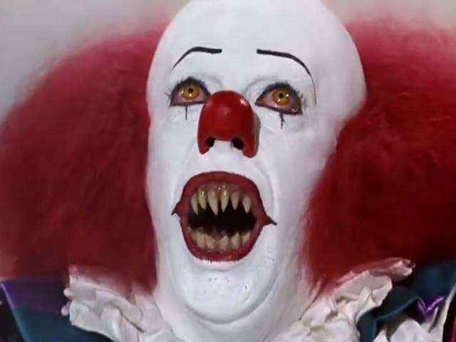<p>Tim Curry as Pennywise the clown in Stephen King's 'It' </p>