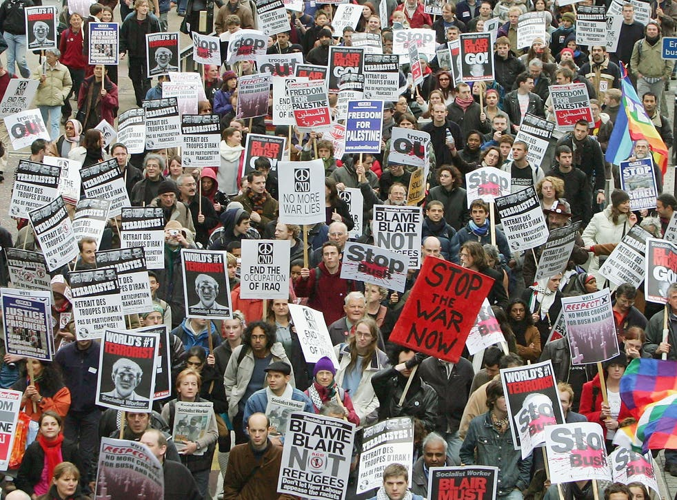 <p>Protesters take part in an anti-war rally in London</p>