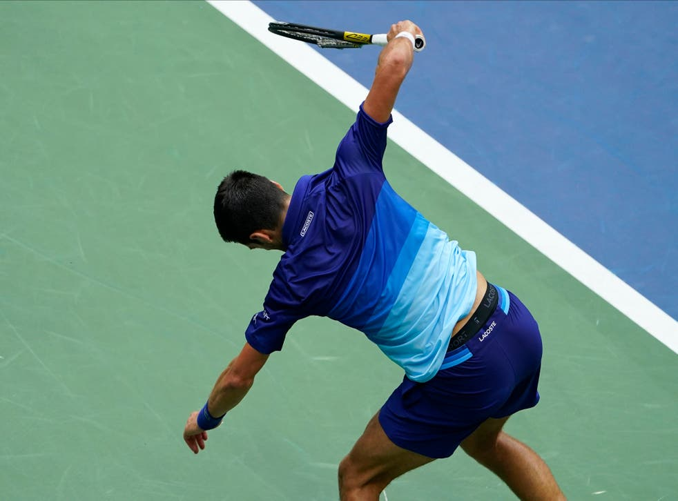 <p>Novak Djovokic smashing his racquet on the ground in the US Open final </p>