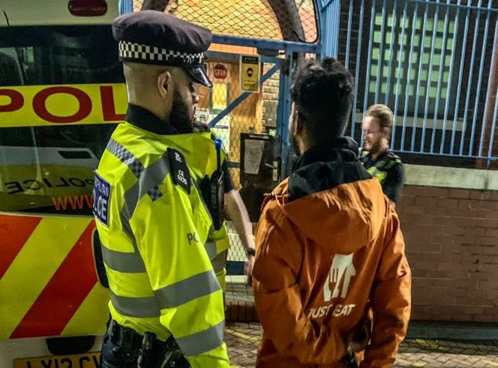 <p>The suspect was wearing a Just Eat jacket and was carrying a Just Eat delivery bag</p>