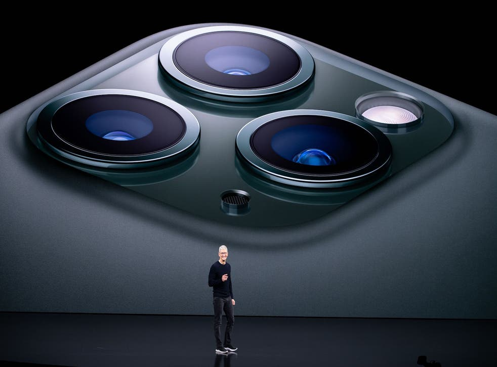 <p>Tim Cook introduces the iPhone </p>