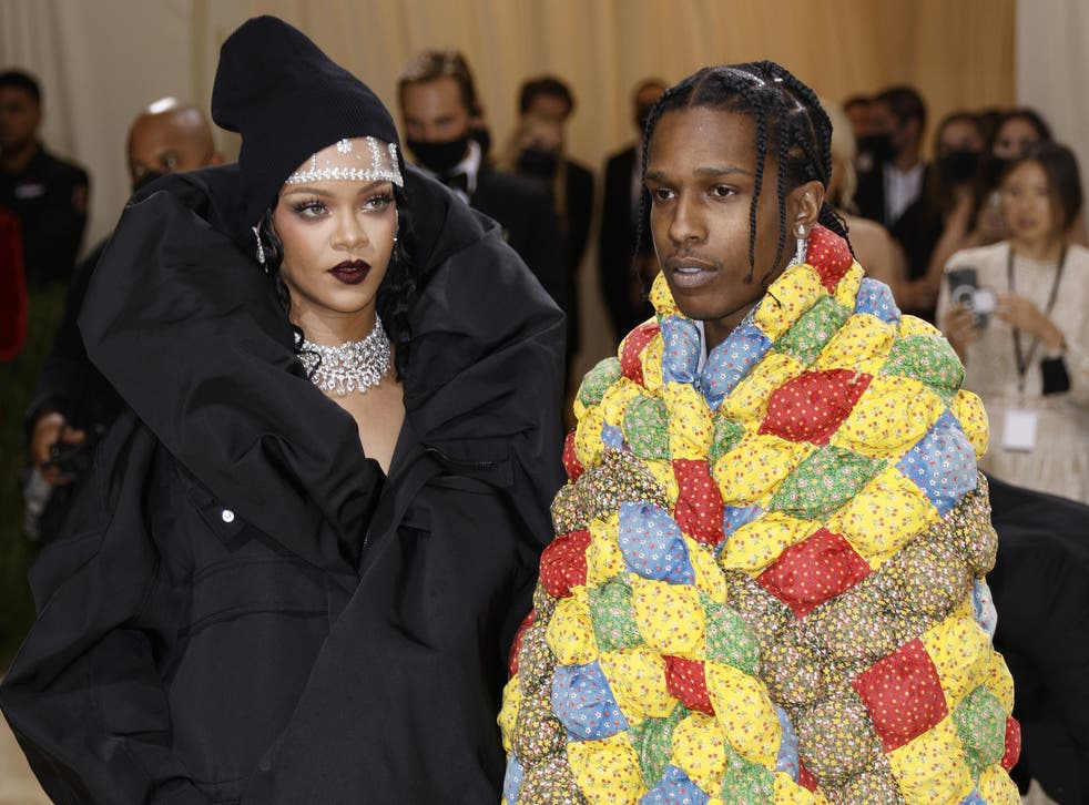 <p>Rihanna and A$AP Rocky on the Met Gala 2021 red carpet</p>