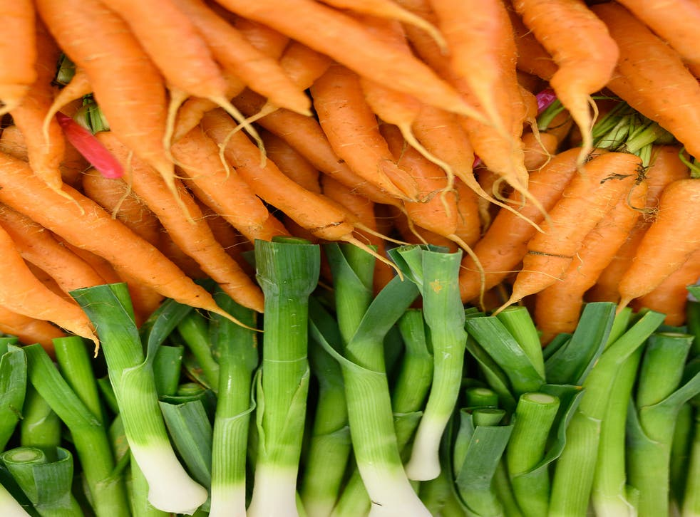 <p>While carrots contain lots of vitamin A which helps maintain healthy vision, they don't help you see any better in the dark, nutritionist says </p>