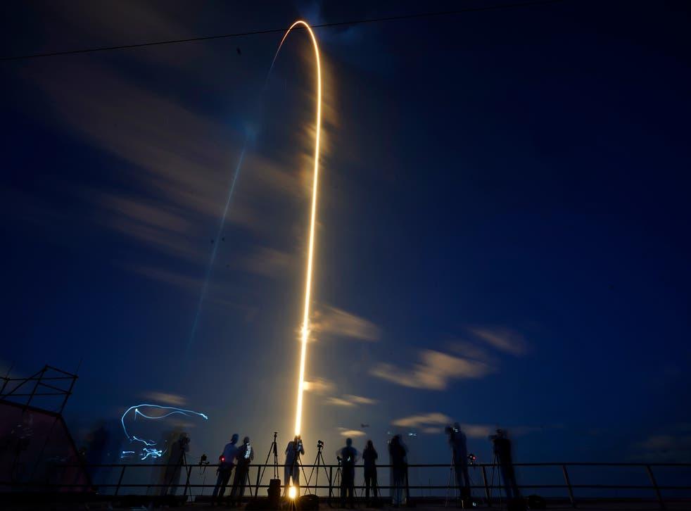 APTOPIX Private Spaceflight