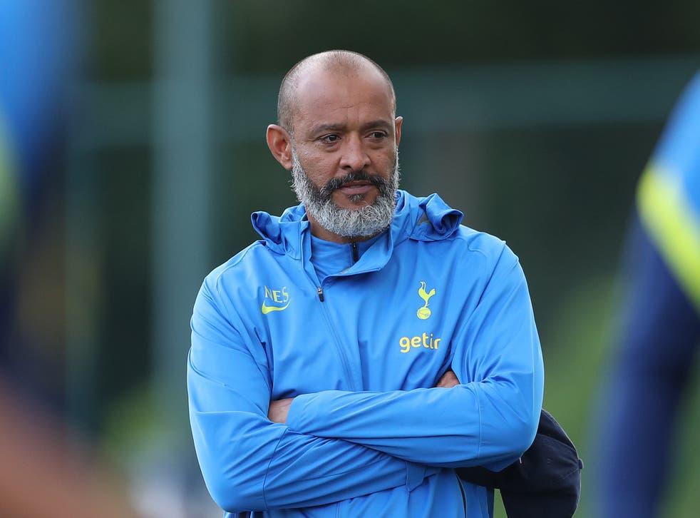 <p>Nuno Espirito Santo will come up against his former club on Wednesday </p>
