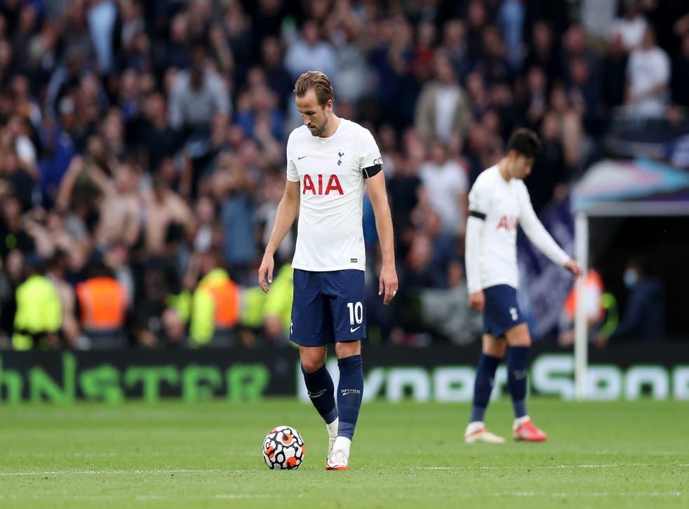 <p>Tottenham striker Harry Kane struggled in the 3-0 defeat by Chelsea  </p>