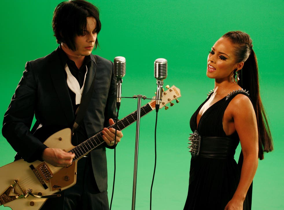 <p>Jack White and Alicia Keys perform 'Another Way to Die'</p>