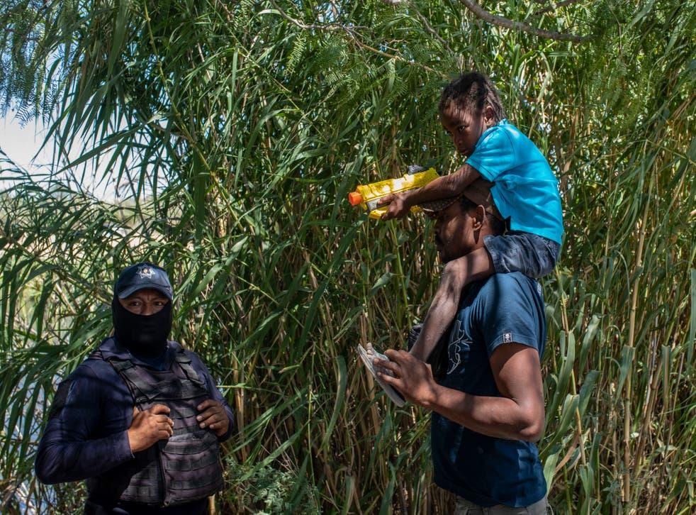 APTOPIX Mexico US Border Migrants