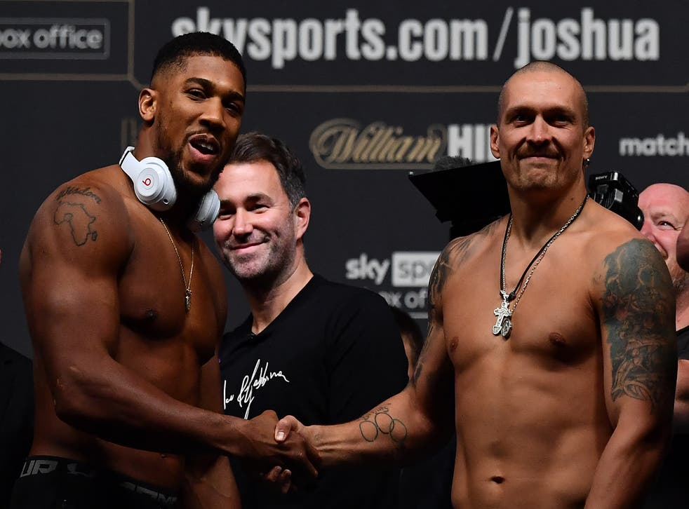 <p>Anthony Joshua and Oleksandr Usyk remained respectful at the weigh-in </p>
