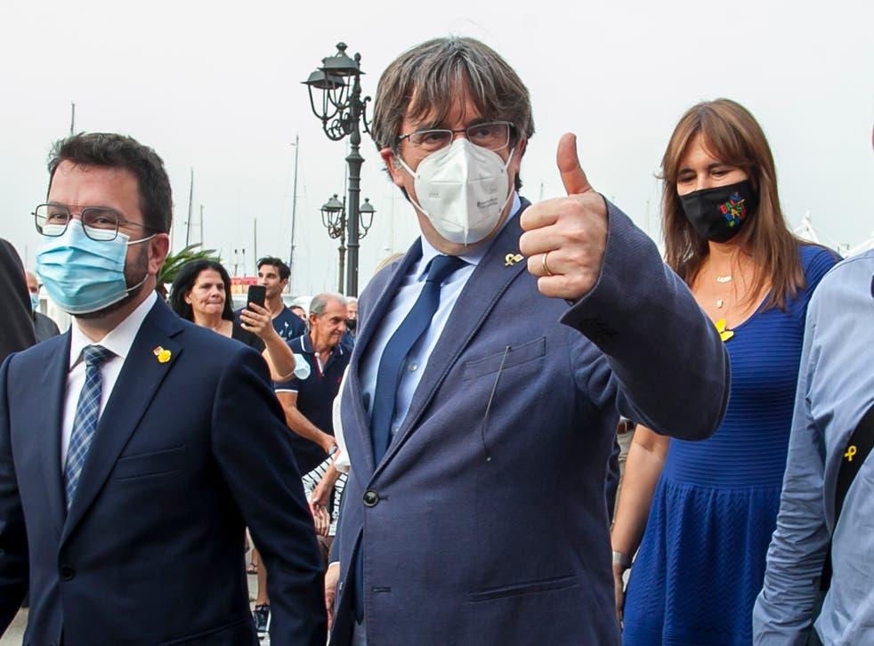 <p>Puigdemont fue detenido el jueves al bajar de un avión en el aeropuerto de Alguero en Cerdeña y fue liberado bajo fianza al día siguiente. </p>