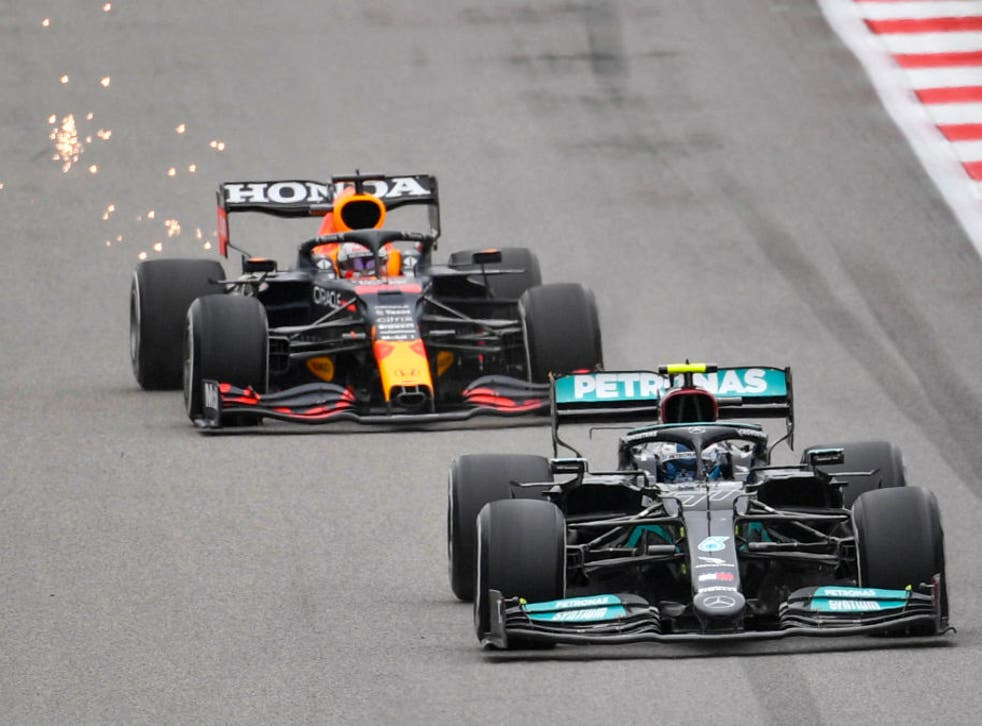 <p>Red Bull and Mercedes are fighting it out for the Formula 1 drivers' championship</p>