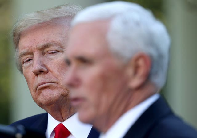 """<p>El exvicepresidente preguntó al abogado de Trump si tenía el poder de rechazar las boletas electorales """"inválidas"""". </p>"""