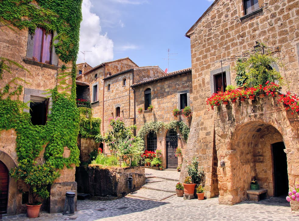 <p>Picturesque corner of a quaint hill town in Italy</p>