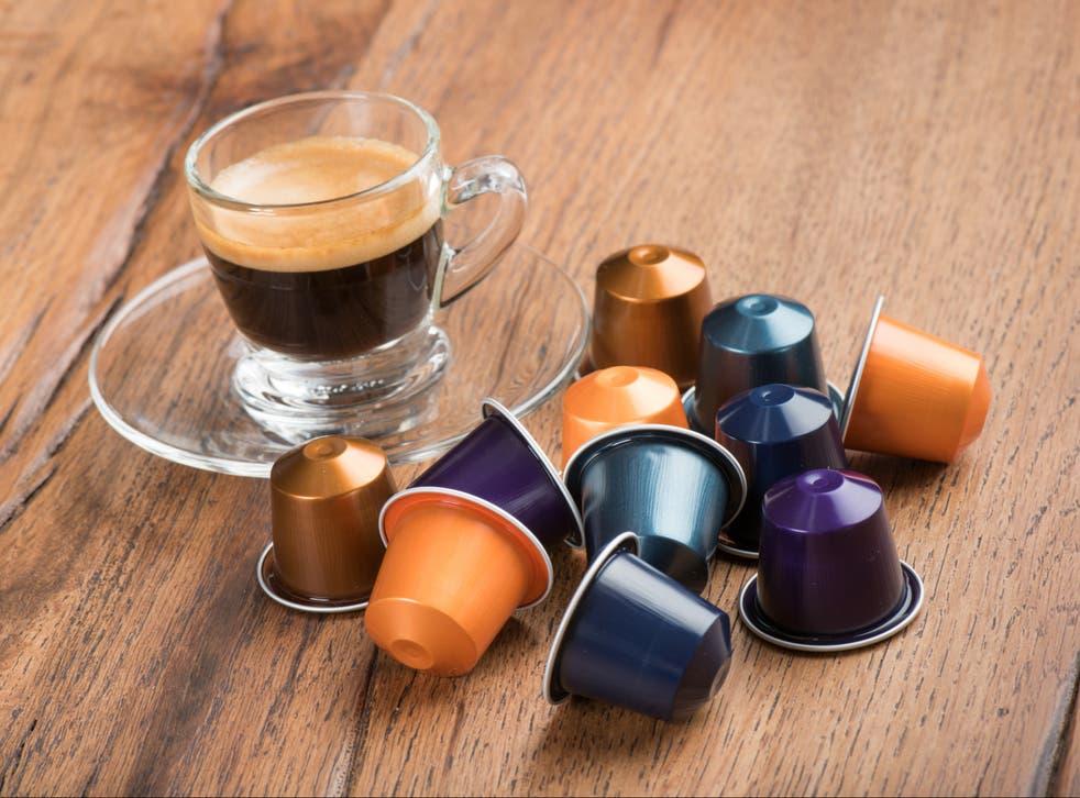 Dos minutos para hacer una taza de café. Medio milenio para descomponerse. Las mazorcas de café se encuentran entre las formas más persistentes de desechos domésticos