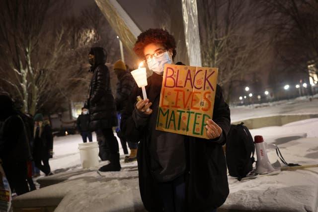 <p>El ataque a Blake, que es afroamericano, provocó levantamientos por la justicia racial en Kenosha, Wisconsin. </p>