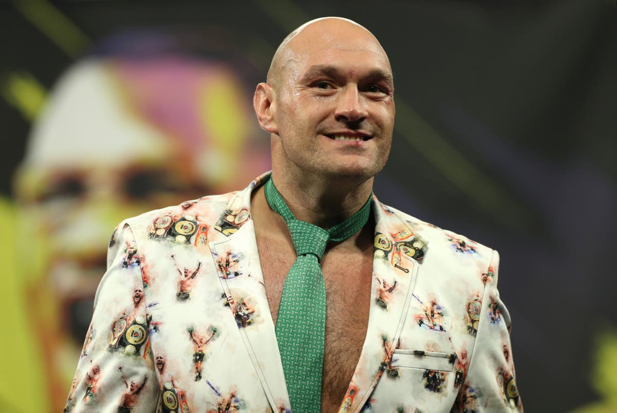 Sports stars past and present supporting Tyson Fury – Saturday's sporting social