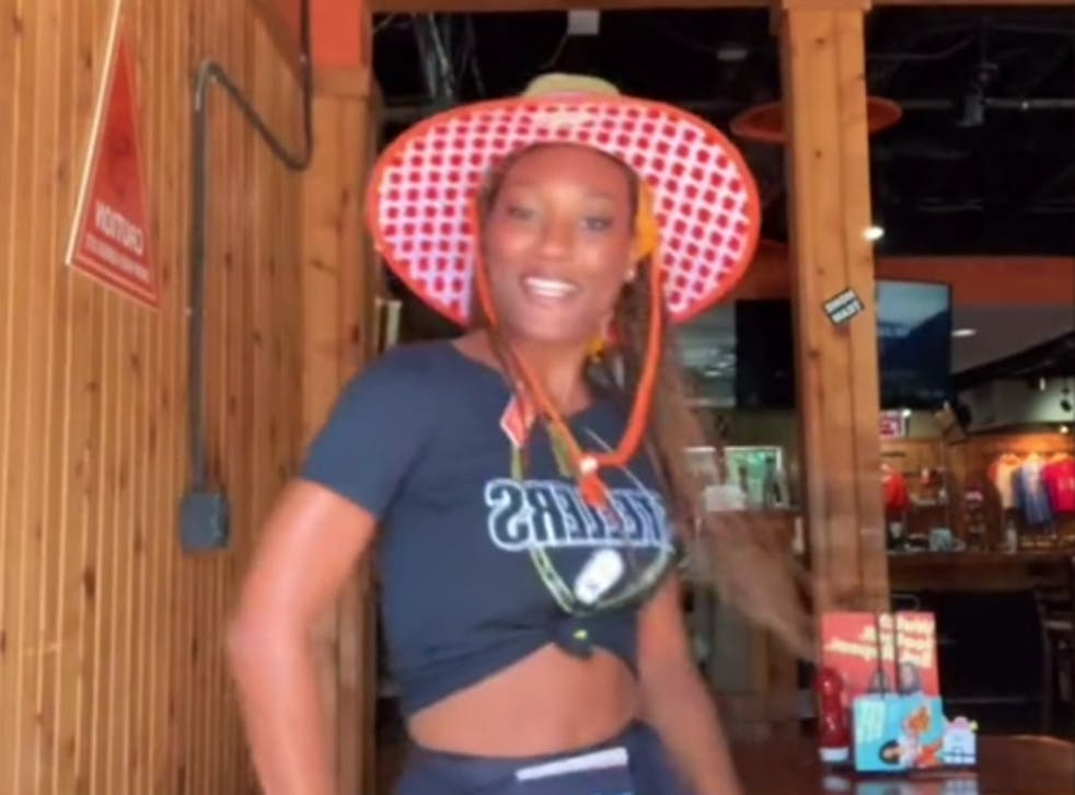 <p>A Hooters employee has used TikTok to call for higher wages </p>