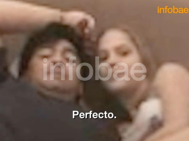 Mavys Alvarez y Maradona en un nuevo video de 2001