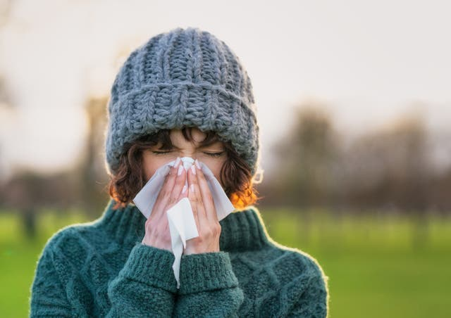 <p>Is that sniffly nose a cold or Covid?</p>