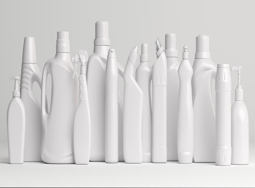 Los productos químicos se utilizan en una amplia variedad de envases de plástico.