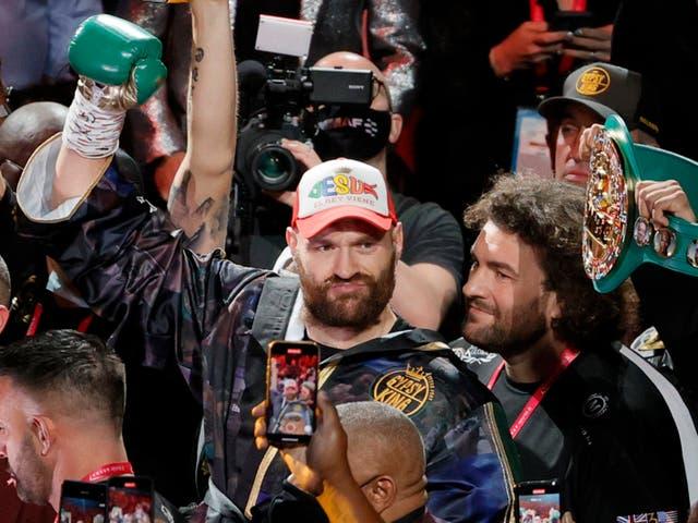 Tyson Fury momentos antes de su segunda victoria sobre Deontay Wilder