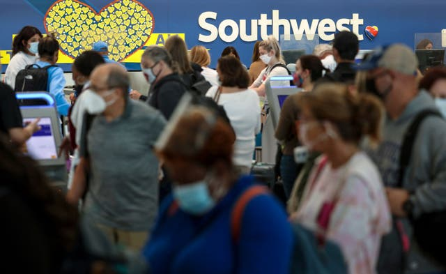 <p>Southwest Airlines plays catch up in Baltimore, Maryland after canceling hundreds of flights, blaming air traffic control issues and weather</p>
