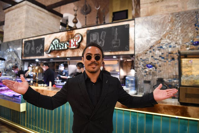 <p>Diner says meal at Salt Bae's new restaurant isn't worth the money </p>