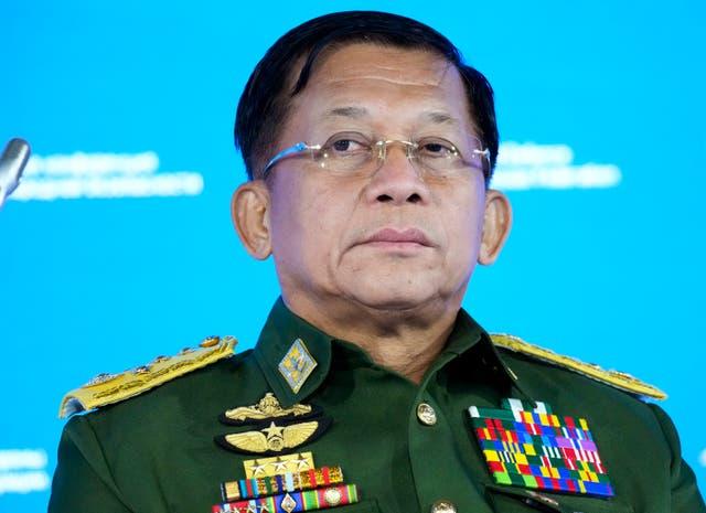 <p>Un total de 5 mil 636 prisioneros serán liberados como parte del festival Thadingyut el 20 de octubre.</p>