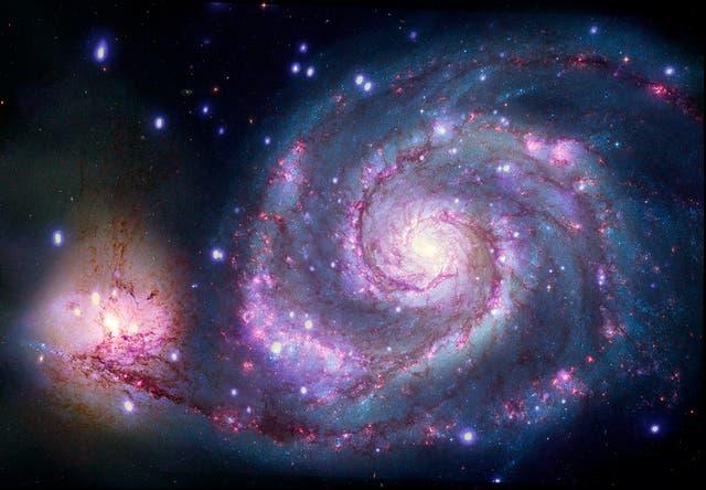 <p>El exoplaneta, que los científicos creen haber encontrado en nuestra galaxia vecina, que se conoce como M51, o la galaxia Whirlpool en reconocimiento de su forma distintiva, estaría aproximadamente a 28 millones de años luz de distancia.</p>