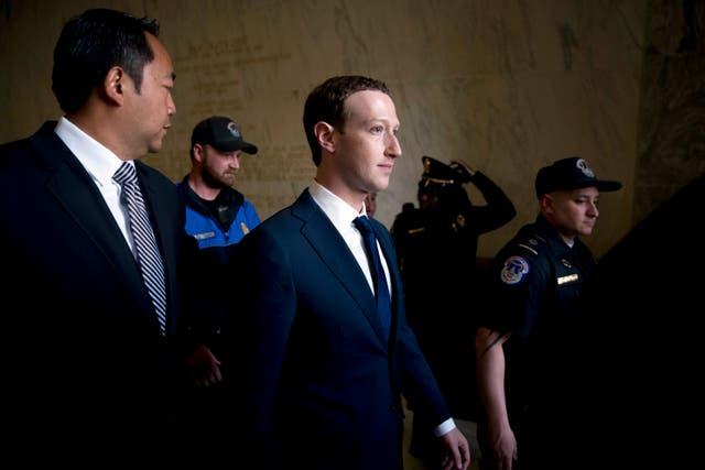 """<p>Los documentos internos, presuntamente vistos por Associated Press, muestran que Facebook estaba """"haciendo cumplir sus normas sobre actividades abusivas confirmadas"""".</p>"""