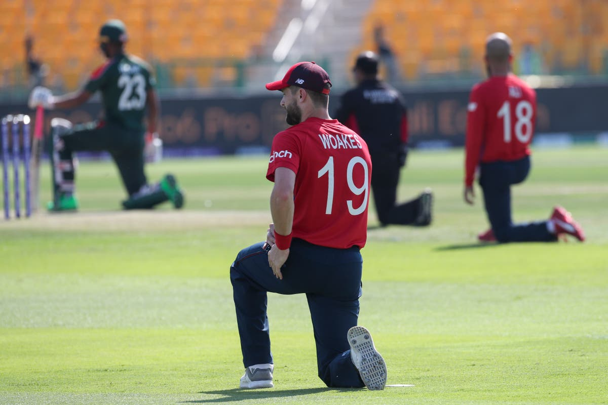 England take the knee ahead of T20 World Cup game with Bangladesh