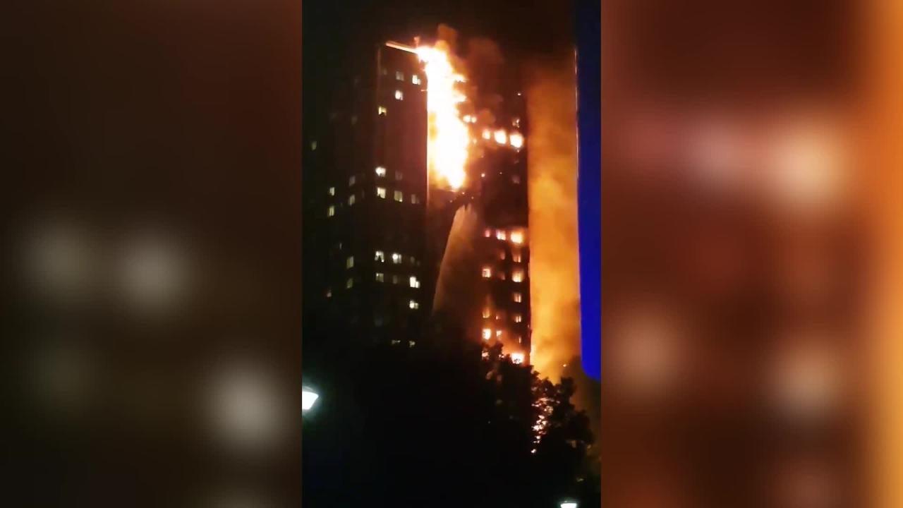 London fire: Met Police confirm six deaths in Grenfell Tower block blaze