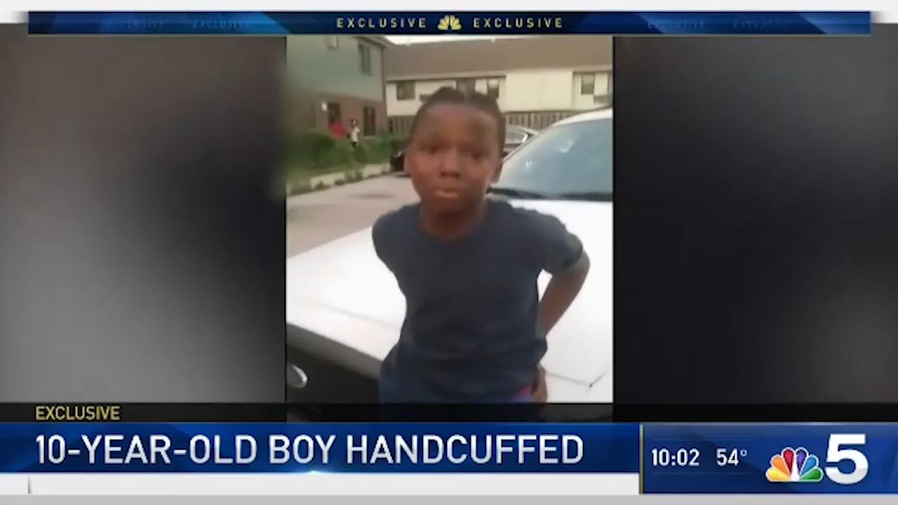 Handcuffing Third Grader Interactions >> Video Shows Chicago Police Handcuffing Unarmed 10 Year Old Black Boy