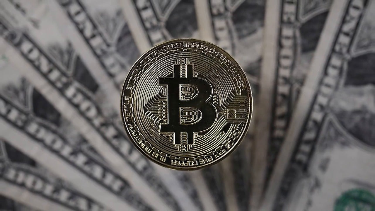 Bitcoin price surges past $4,000 as cryptocurrency experts bet on major market turnaround