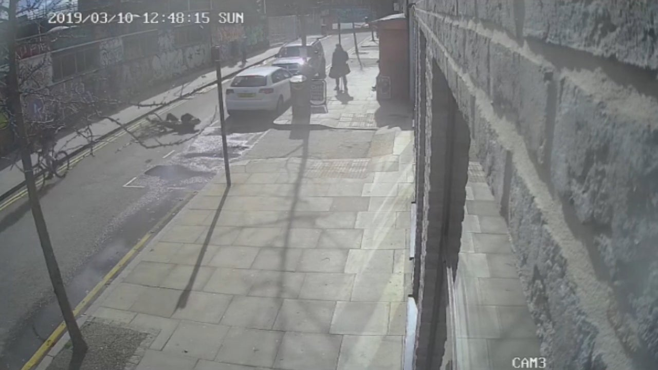Hackney cyclist attack: Man in critical condition after being kicked off bike by fellow cyclist in London