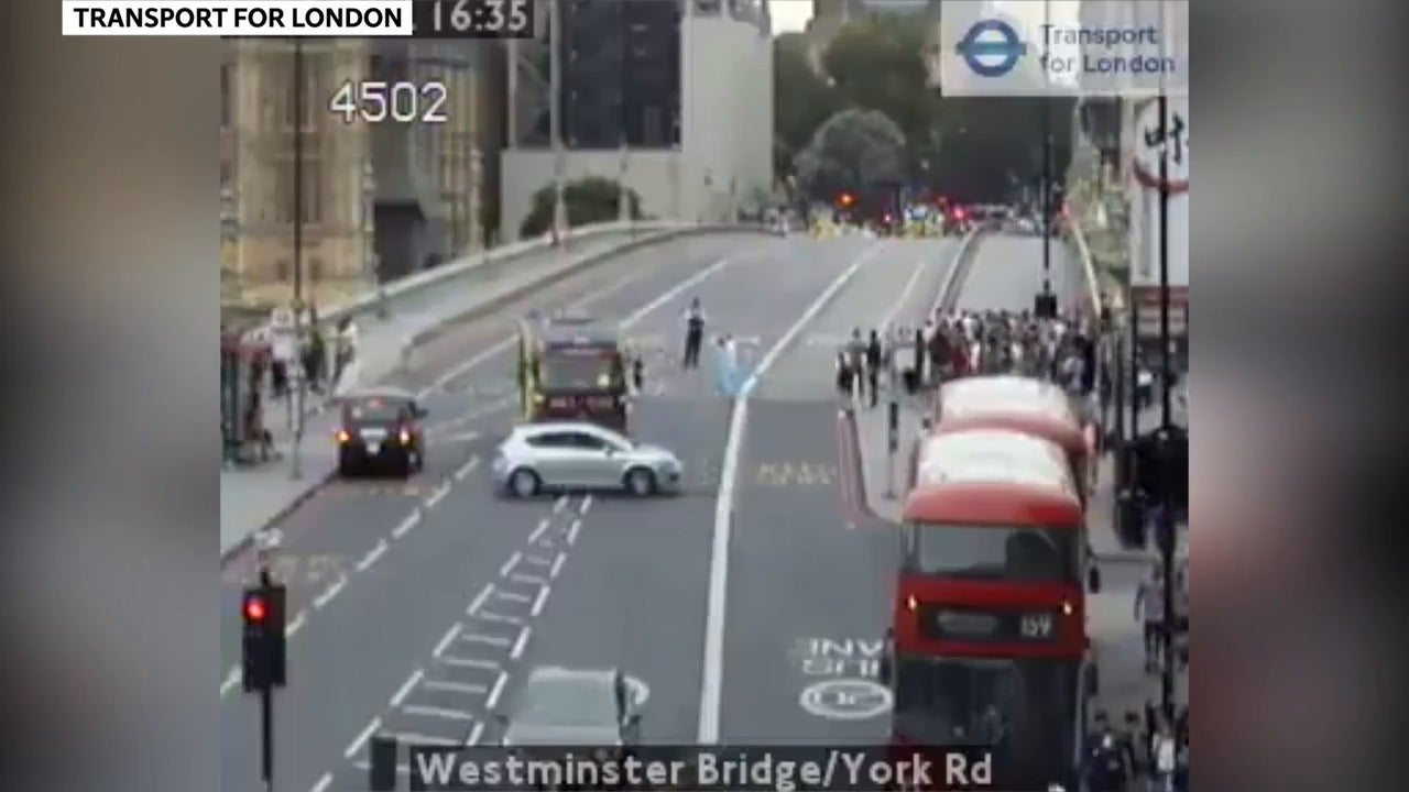 Boat full of tourists smashes into Westminster Bridge