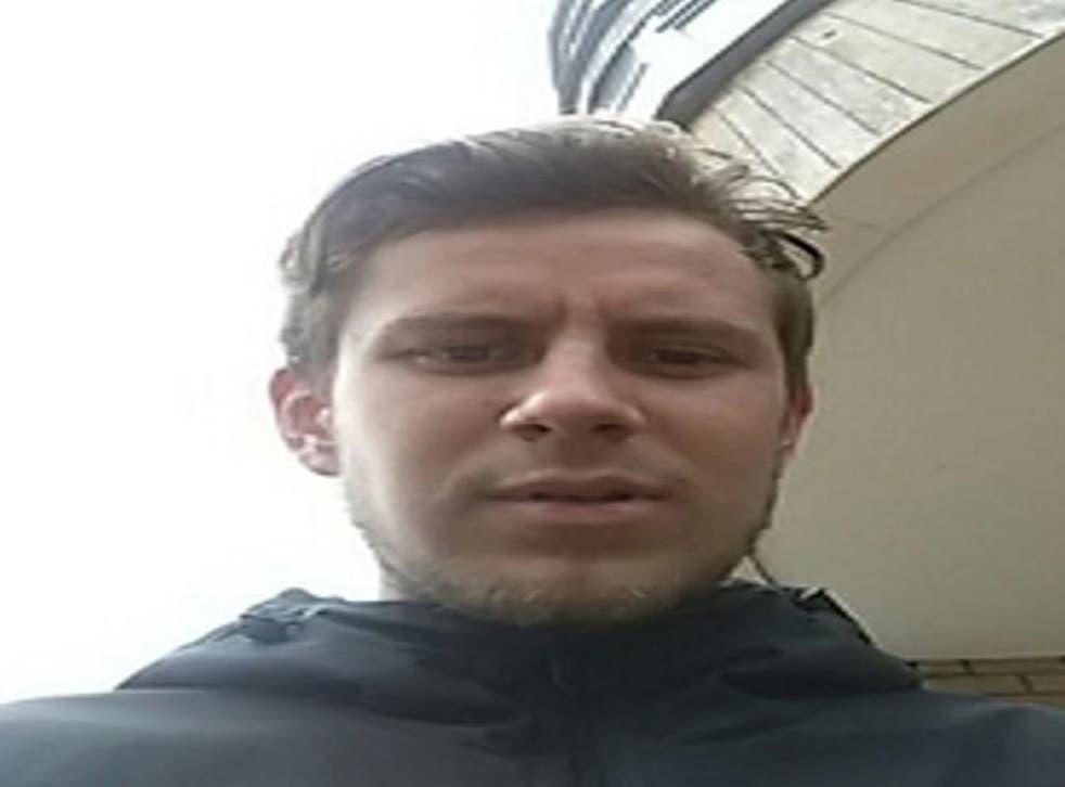 Year selfie 25 old man Man Takes