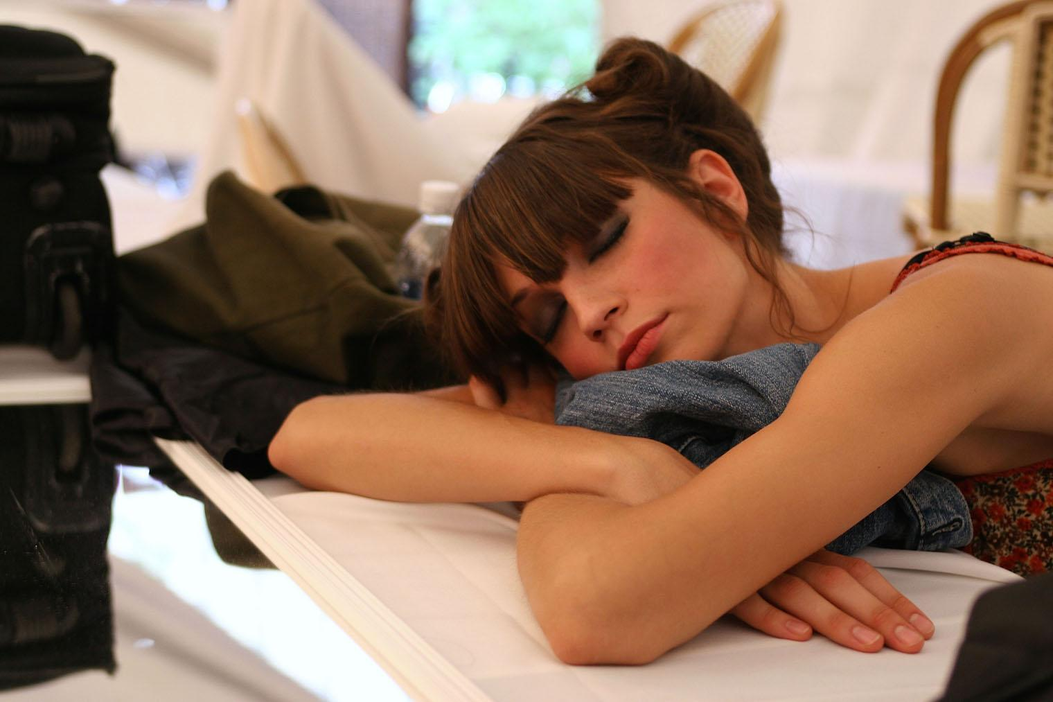 7 of the best ways to get back to sleep