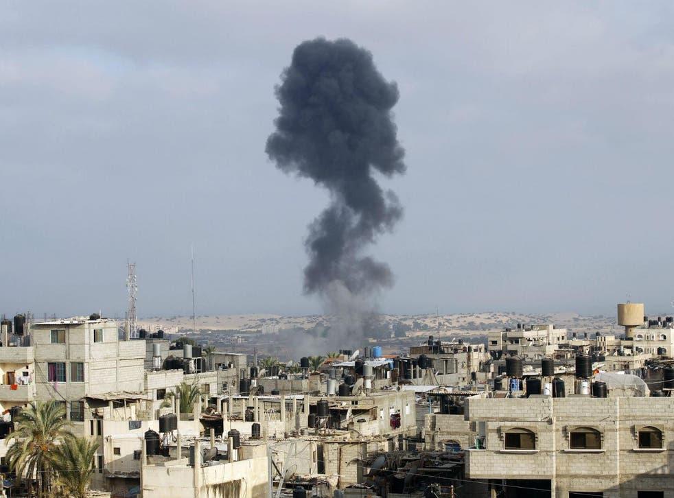 Smoke billows after Israeli shelling of Rafah