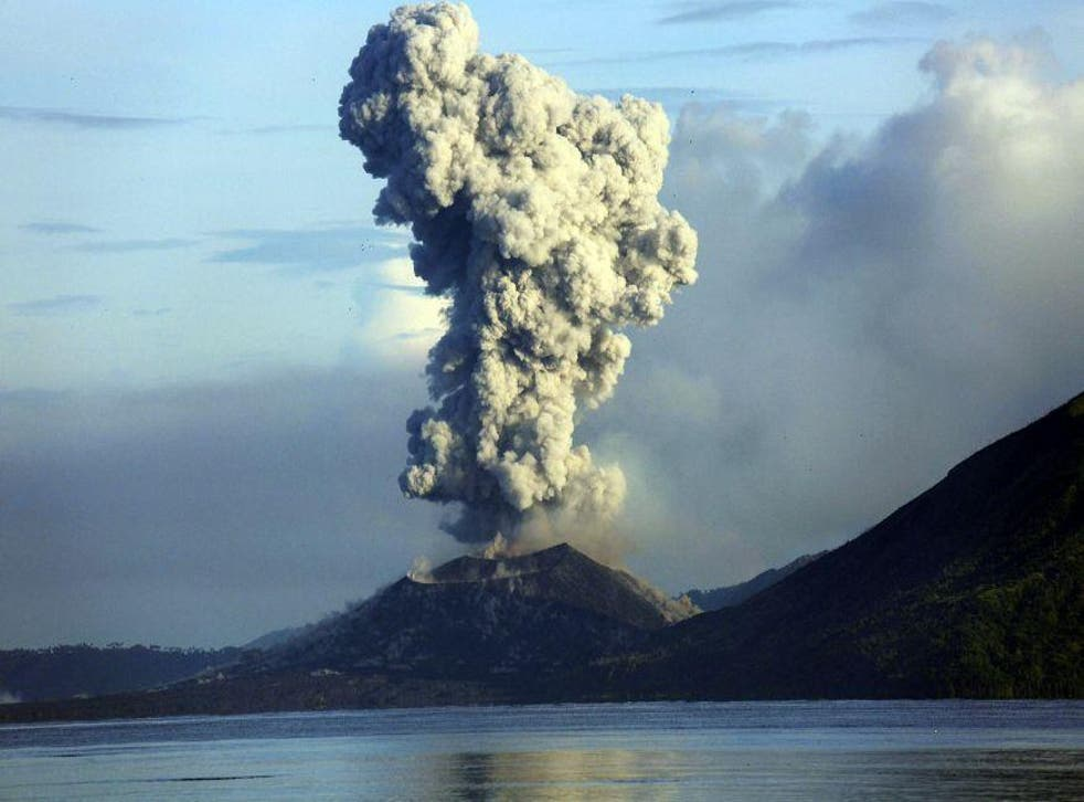 Mount Tavurvur erupts in eastern Papua New Guinea