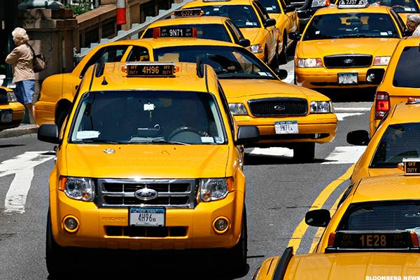 Yellow taxis are safer than blue ones, scientists say | The Independent