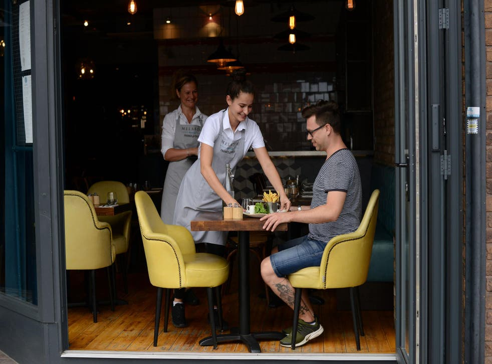 London contributes the most money to the UK restaurant industry