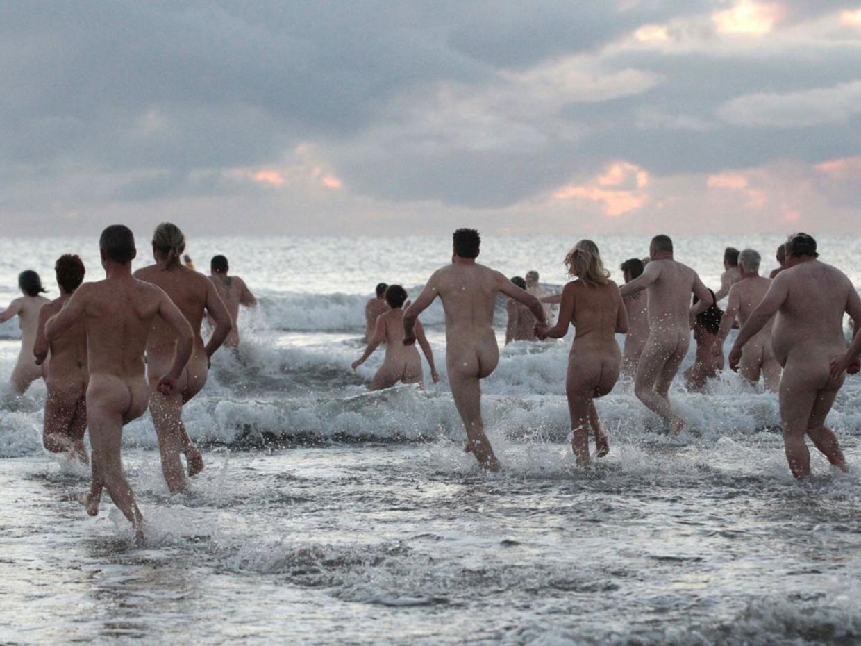 21-nude-beach-afp.jpg