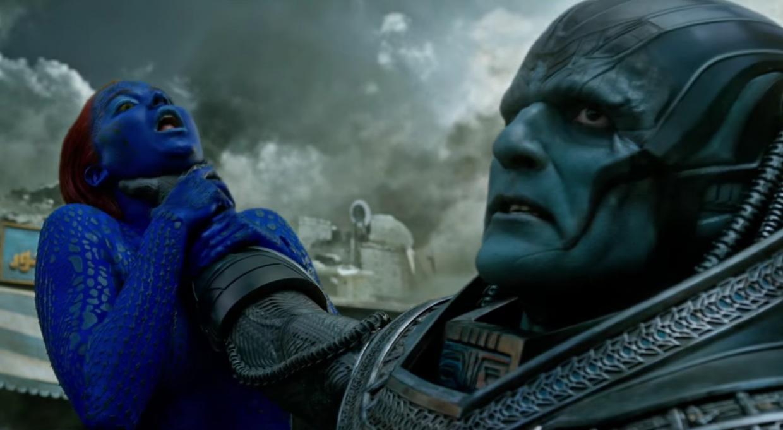 X-Men: Apocalipsis - Apocalipsis sosteniendo del cuello a Mystique