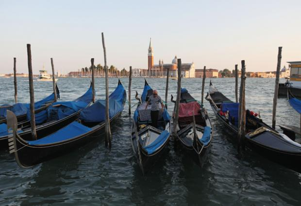 Food And Art Drink Shipyard Venice