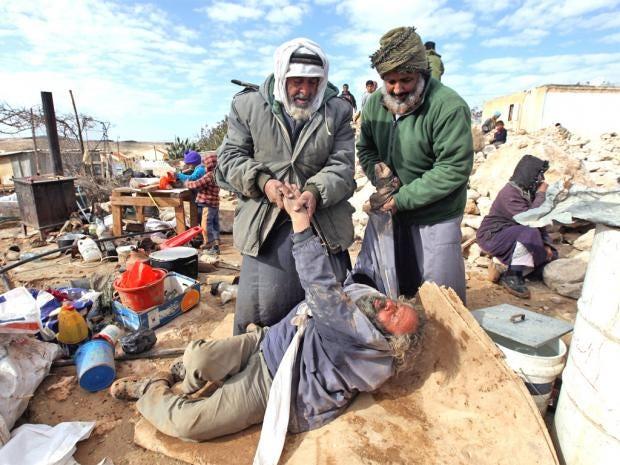 pg-27-palestinians-epa.jpg