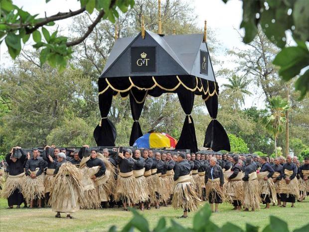 pg-32-burial-ceremony-afp-g.jpg