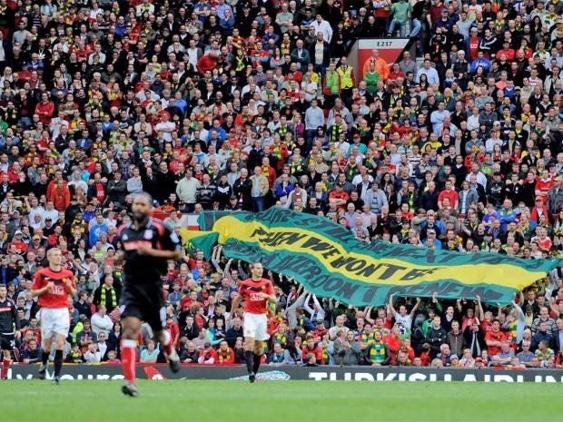 pg-74-united-fans-getty.jpg